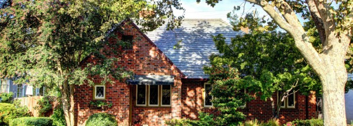 Just Listed 722 46th Street For Sale