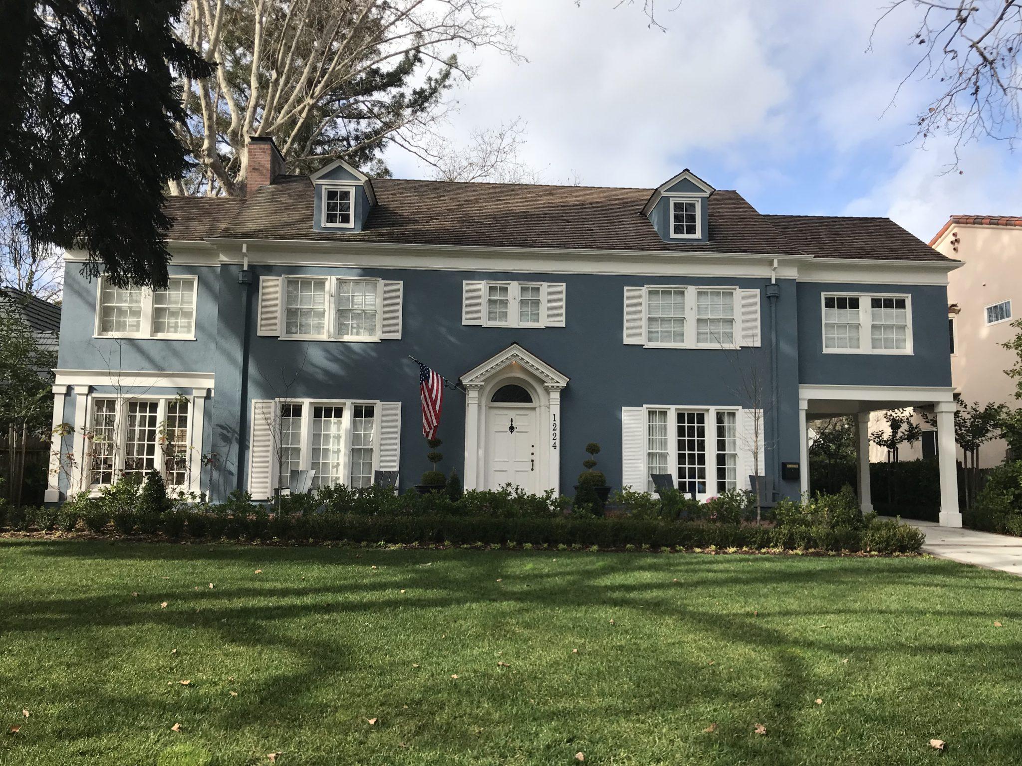 Lady Bird Movie Blue House East Sacramento Fab 40's