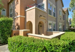 Dunnigan Realtors 2 Bedrooms, Condominium, Sold Listings, Riva Drive, 2 Bathrooms, Listing ID 1164, West Sacramento, Yolo, California, United States, 95691,