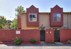 Dunnigan Realtors 3 Bedrooms, Condominium, Sold Listings, Q Street, 2 Bathrooms, Listing ID 1172, Sacramento, Sacramento, California, United States, 95811,