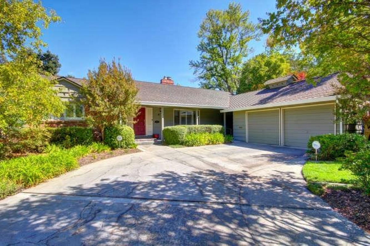Dunnigan Realtors 4 Bedrooms, Single Family Home, Sold Listings, Los Coches, 4 Bathrooms, Listing ID 1178, Sacramento, Sacramento, California, United States, 95864,