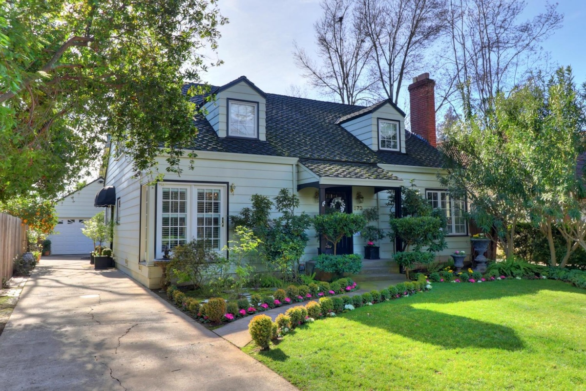 570 Southgate,Sacramento,California,United States 95815,3 Bedrooms Bedrooms,2 BathroomsBathrooms,Single Family Home,Southgate,1185