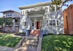 Dunnigan Realtors Midtown 1521 U St, Sacramento, California, United States 95818,8 Bedrooms Bedrooms,4 BathroomsBathrooms, Apartment, U St,1191