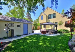 Dunnigan Realtors East Sac 271 39th St, Sacramento, California , United States 95816,4 Bedrooms Bedrooms,3 BathroomsBathrooms, Single Family Home,39th St,1194