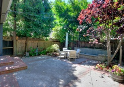 330 36th Way,Sacramento,California,United States 95816,4 Bedrooms Bedrooms,2 BathroomsBathrooms,Single Family Home,36th Way,1200