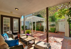 911 42nd, Sacramento, California, United States 95819, 2 Bedrooms Bedrooms, ,1 BathroomBathrooms,Single Family Home,Sold Listings,42nd,1205