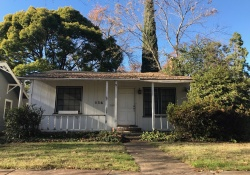 Dunnigan Realtors 536 38th St, Sacramento, California, United States 95816, 2 Bedrooms Bedrooms, ,1 BathroomBathrooms,Single Family Home,Sold Listings,38th St,1213