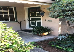Dunnigan Realtors, Land Park< 1600 4th Ave, Sacramento, California, United States 95818, 2 Bedrooms Bedrooms, ,1 BathroomBathrooms,Single Family Home,Sold Listings,4th Ave,1237