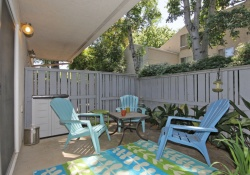 Dunnigan Realtors 1 Bedrooms, Condominium, Sold Listings, 11th Street, 1 Bathrooms, Listing ID 1055, Sacramento, Sacramento, California, United States, 95814,